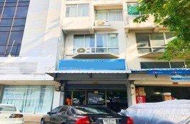 4 ห้องนอน ทาวน์เฮ้าส์ ขาย ใน คลองกุ่ม, กรุงเทพมหานคร 4 Storeys Townhouse Near SeriThai-Sukhaphiban Main Road