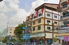 8 Bedrooms Property for sale in Nai Mueang, Phitsanulok Townhouse For Sale in Phitsanulok
