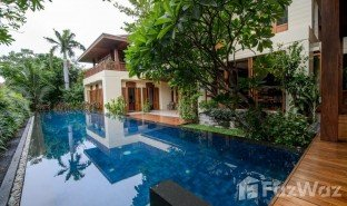 5 Bedrooms Property for sale in Khlong Toei, Bangkok