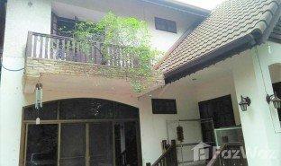 недвижимость, 3 спальни на продажу в Wong Sawang, Бангкок