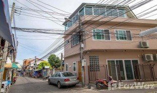 2 Bedrooms Townhouse for sale in Hua Hin City, Hua Hin